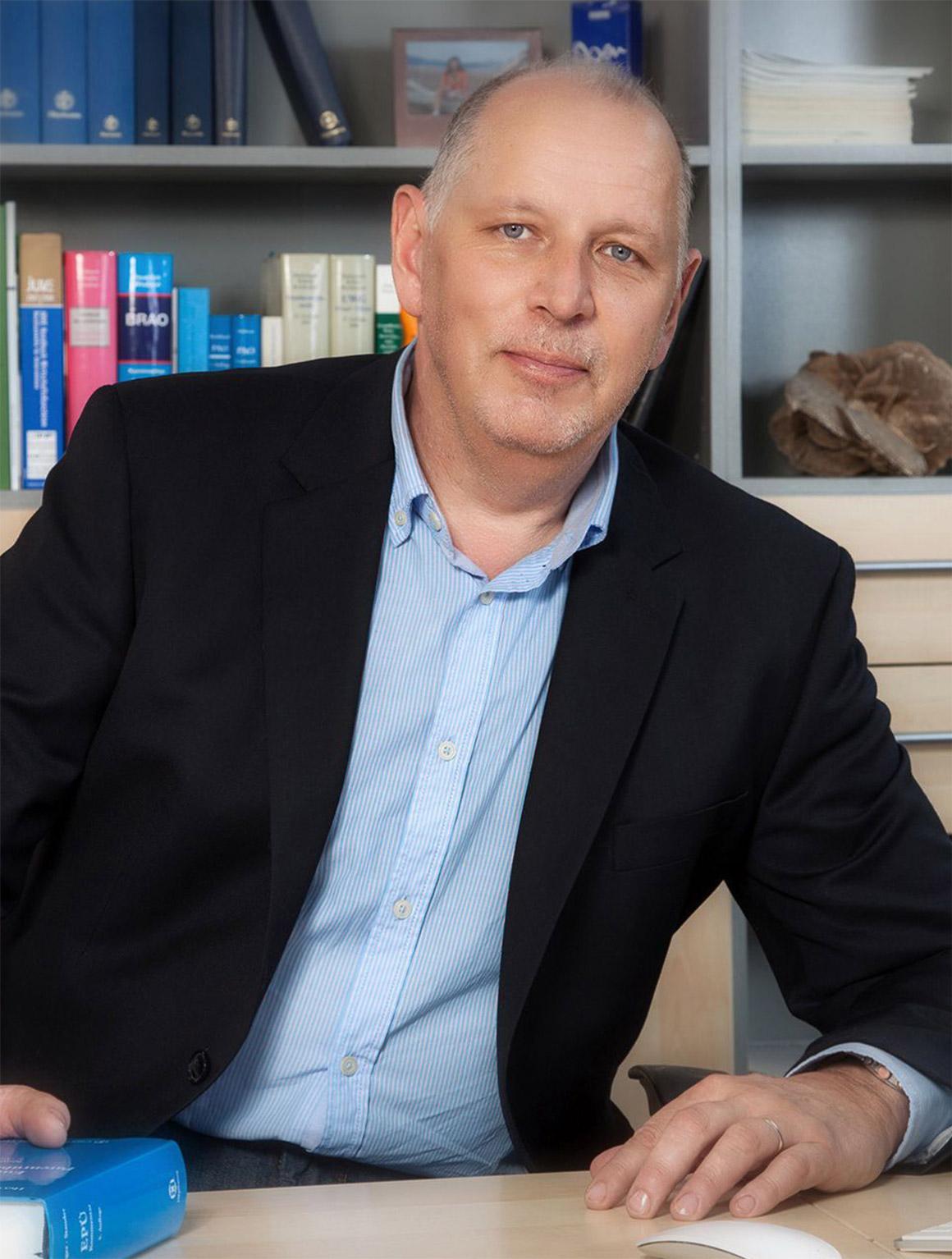 Dr. Bernd Fabry