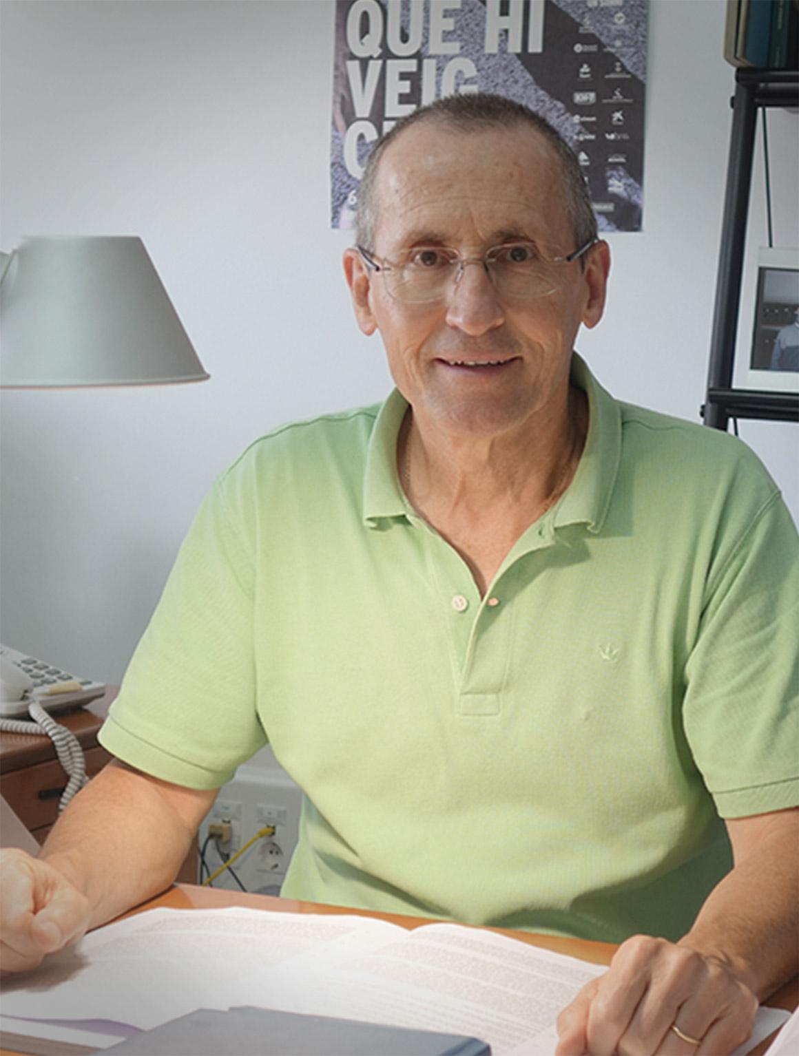 Dr. Rafael Pi